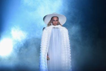15 VMA Beyonce 2016